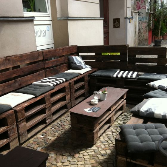 Outdoor Pallet Seating At Berlin Cafe Since When Did Become