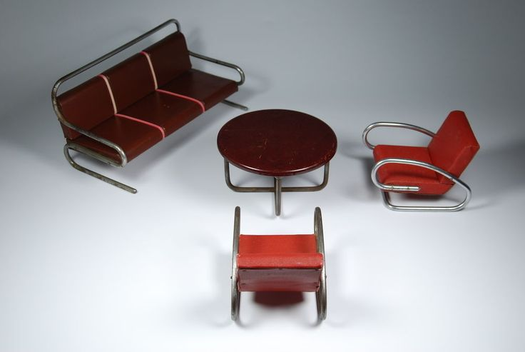 UNIQUE HALABALA 1930S BAUHAUS SALESMAN SAMPLE FURNITURE CHAIR TABLE TOY DOLL !