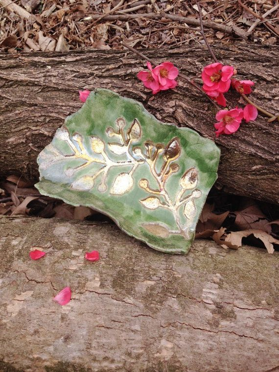 Centro tavola in ceramica raku colore verde con di LaterraCrea