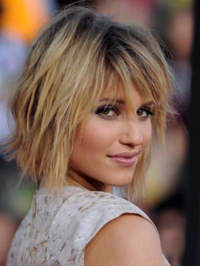 Diana Argon is the queen of messy bobs and it's clear why. Her layers create amazing texture, rendering this look grungy.