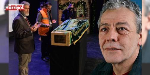Tiyatrocu Münir Akça son yolculuğuna uğurlandı : Ordudaki evinde dün hayatını kaybeden usta oyuncu Münir Akça (65) için ilk olarak Ordu Büyükşehir Belediyesi Karadeniz Tiyatrosunda (OBKT) tören düzenlendi. Münir Akça için düzenlenen törene katılan ailesi sevenleri ve sanatçı dostları gözyaşı döktü.  http://www.haberdex.com/magazin/Tiyatrocu-Munir-Akca-son-yolculuguna-ugurlandi/101156?kaynak=feed #Magazin   #Münir #Akça #Ordu #düzenlenen #törene
