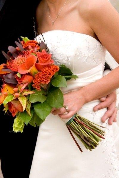 Bruidsboeket weddingbouquet oranje..