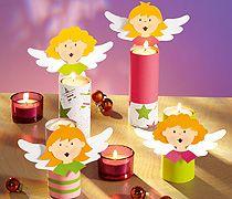 Tischdeko an Weihnachten macht die Stube noch gemütlicher. Der niedliche Engelchor sorgt für eine wohlige Atmosphäre auf dem Tisch. Wir zeigen, wie Sie die Tischlichter selbst basteln.