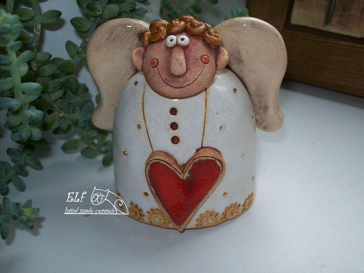anděl+Vendelín+Keramický+ručně+modelovaný+zvonek,glazovaný+barvami+s+efekty.+Krásný+dárek+,nejen+vánoční,který+potěší+Vaše+srdíčko.+velikost...8cm