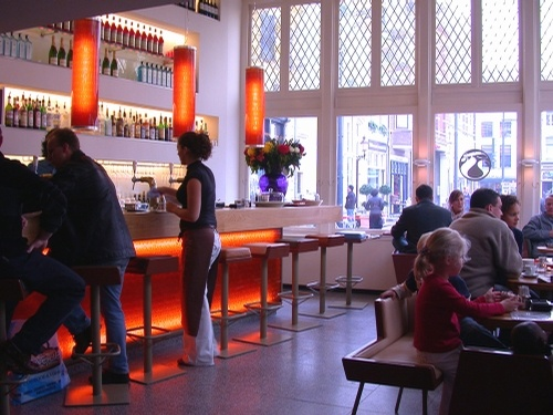 Bar Florian: Lunch-Café, Designed by Laurens van Wieringen - Jansplein 59