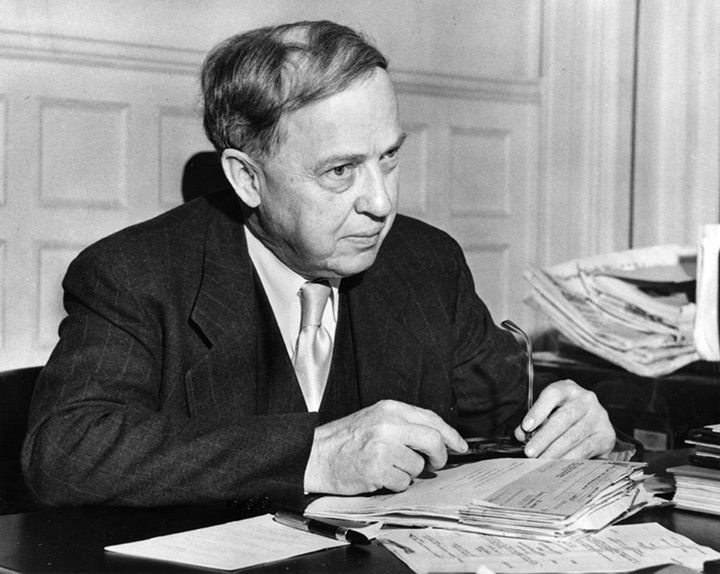Born on this day in 1885 in Nashville, Missouri, astronomer Harlow Shapley chart… Born on this day in 1885 in Nashville, Missouri, astronomer Harlow Shapley charted the Milky Way, which he thought was the only galaxy in the universe. He earned his PhD from Princeton University in 1913....