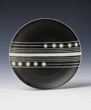 Plate by Nora Gulbrandsen for Porsgrund Porselen. Decor from ca 1937 on earlier model (1901-1907)