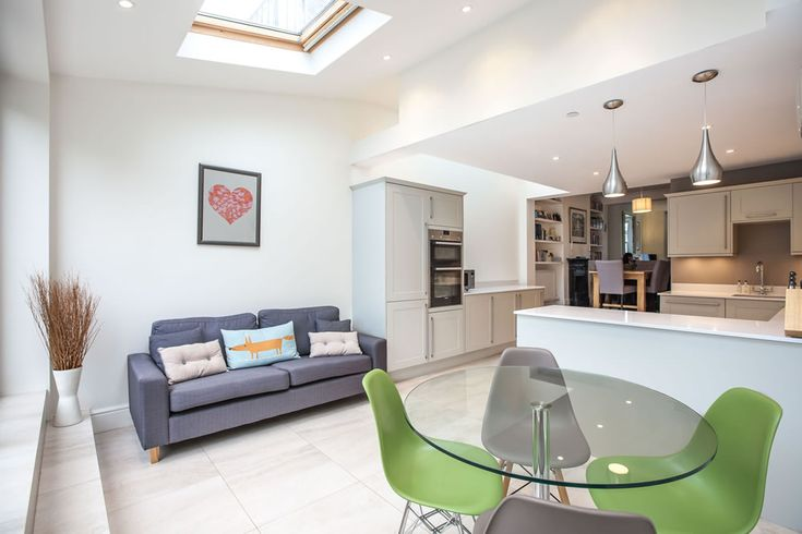 Single-storey kitchen extension from L&E (Lofts and Extensions) in Teddington - don't move extend. Victorian Extension, Terraced Property Extension, Kitchen Extension, Kitchen Design Ideas, Bi-Fold Doors, Grey Kitchen, Pendant Lighting, Kitchen-Diner