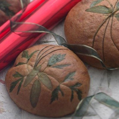 Herbed Potato Bread with instructions for decorating with fresh herbs