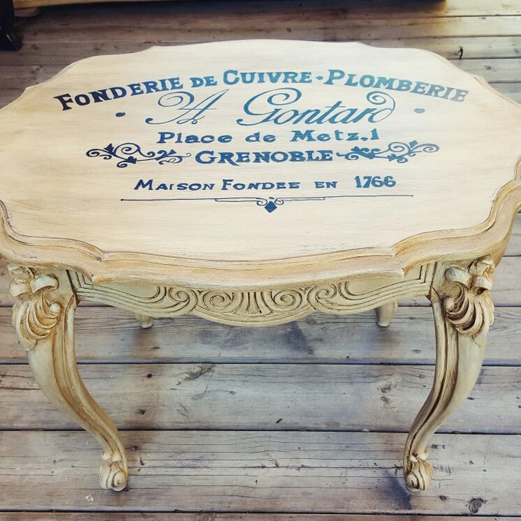 Vintage style sidetable with French typography