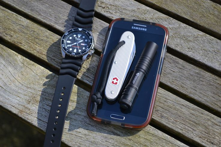 Samsung Galaxy S4, Tech21 D30 Case Victorinox Solo Streamlight Microstream Seiko skx007j [[MORE]]  Day off work, United Kingdom