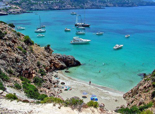 """""""#Viajar es imprescindible y la sed de #viaje, un síntoma neto de inteligencia."""" Vas a quedarte atrás? Viaja a #Ibiza. 6 NOCHES EN AGOSTO EN TODO INCLUIDO !!!   DESDE  600€ POR PERSONA"""
