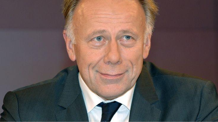 Ex-Grünenchef Jürgen Trittin wirft Kanzlerin Merkel Willfährigkeit gegenüber Präsident Erdogan vor und warnt: Ein Strafverfahren gegen Jan Böhmermann ...