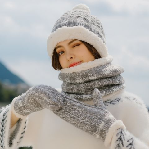 Gray Womens Hat Scarf And Glove Set For Winter Fleece Design Cold