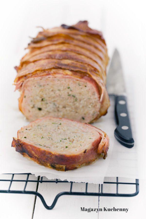 Pieczeń rzymska, czyli klops. Podstawowy przepis na soczystą pieczeń z mielonego mięsa wieprzowego. Porady, jak zrobić pieczeń rzymską.