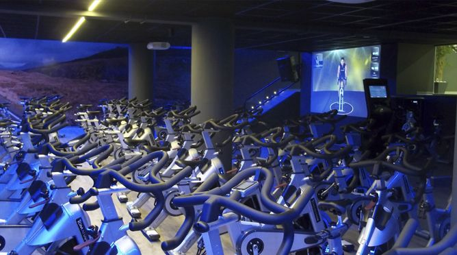Hotel AXIS VIGO-Hotel con gimnasio en Vigo | Hotel with Fitness Center in Vigo city #hotel #viajes #solteros #singles #bodas #empresas #gimnasio
