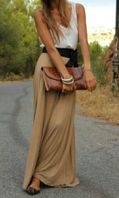 Perfect outfit for everyday with long skirt Outfit adatto anche per tutti i giorni con gonna lunga