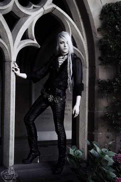 Valentin Van Porcelaine: Shopping for Goth Boys - Elegant Clothing for Men - DarkInCloset
