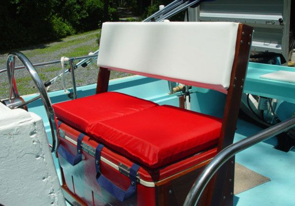This Is A Great Idea For Diy Livewell Seat Where The User Has Taken An Old Cooler Box And Adapted It With Some Seating Diy Boat Seats Cooler Seat Pontoon Boat