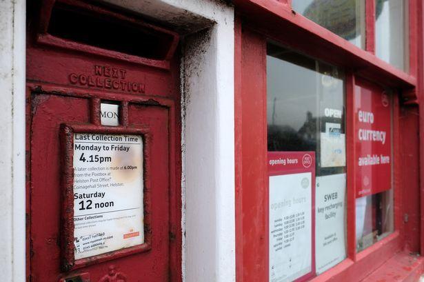 Outside The Post Office In Lizard Village Post Office Post