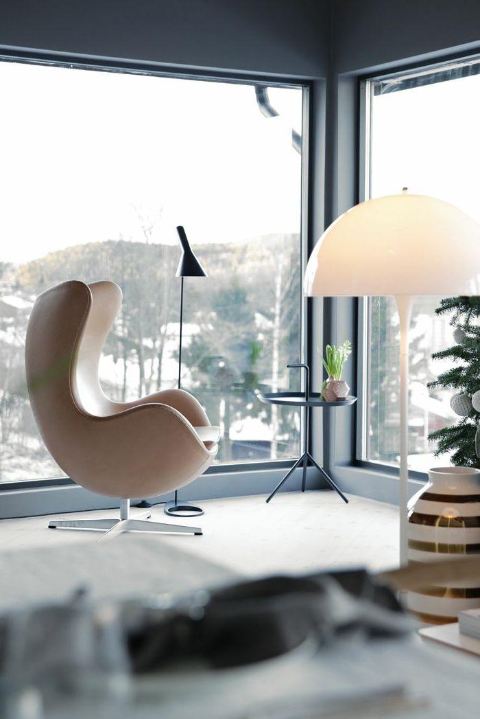 Le fauteuil de lecture dans toute sa splendeur. Comment on peut le choisir sans efforts? La réponse est: avec cet article, plein de photos inspirantes.