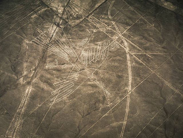 The mysterious nazca lines in the desert of Peru. Really impressive to see them from the plane its hard to imagine how they did it.  . . . #nazca #desert #mystery #fly #peru #southamerica #discoversouthamerica #travel #travelphotography #travelgram #passionpassport #neverstopexploring #earthpix #thegreatoutdoors #nature #lifeofadventure #mothernature #landscape #landscapephotography #letsgosomewhere #picoftheday #wanderlust #ourplanetdaily #stayandwander #backpackersjournal…
