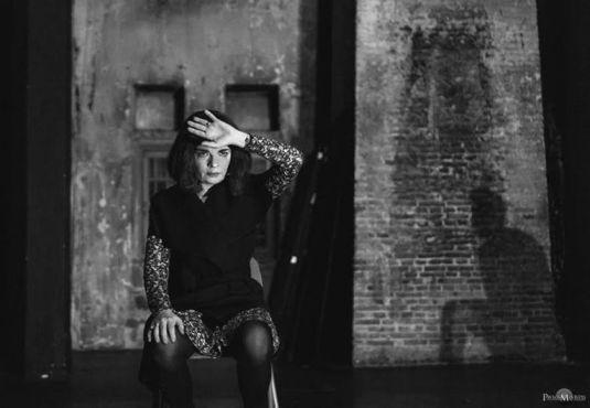 Η γυάλα- Μια παράσταση με τους Μάνια Παπαδημητρίου και Ευθύμη Χρήστου που αξίζει και δεν πρέπει κανείς από το θεατρόφιλο κοινό να χάσει. _______________________ Γράφει ο Δημήτρης Βαρβαρήγος  #theater #theatro #review #art Θέατρο Φούρνος http://fractalart.gr/gyala/