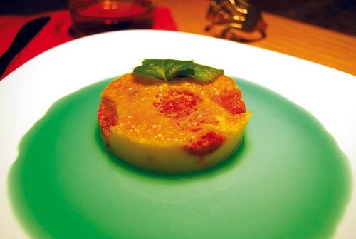 Clafoutis alle fragole con salsa alla menta