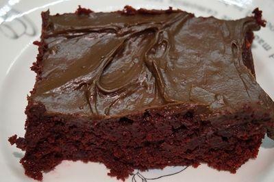 Confira três receitas deliciosas de bolos diet para diabéticos que você poderá fazer em casa. Bolo de Laranja, Banana com Aveia e Chocolate. Confira Aqui!