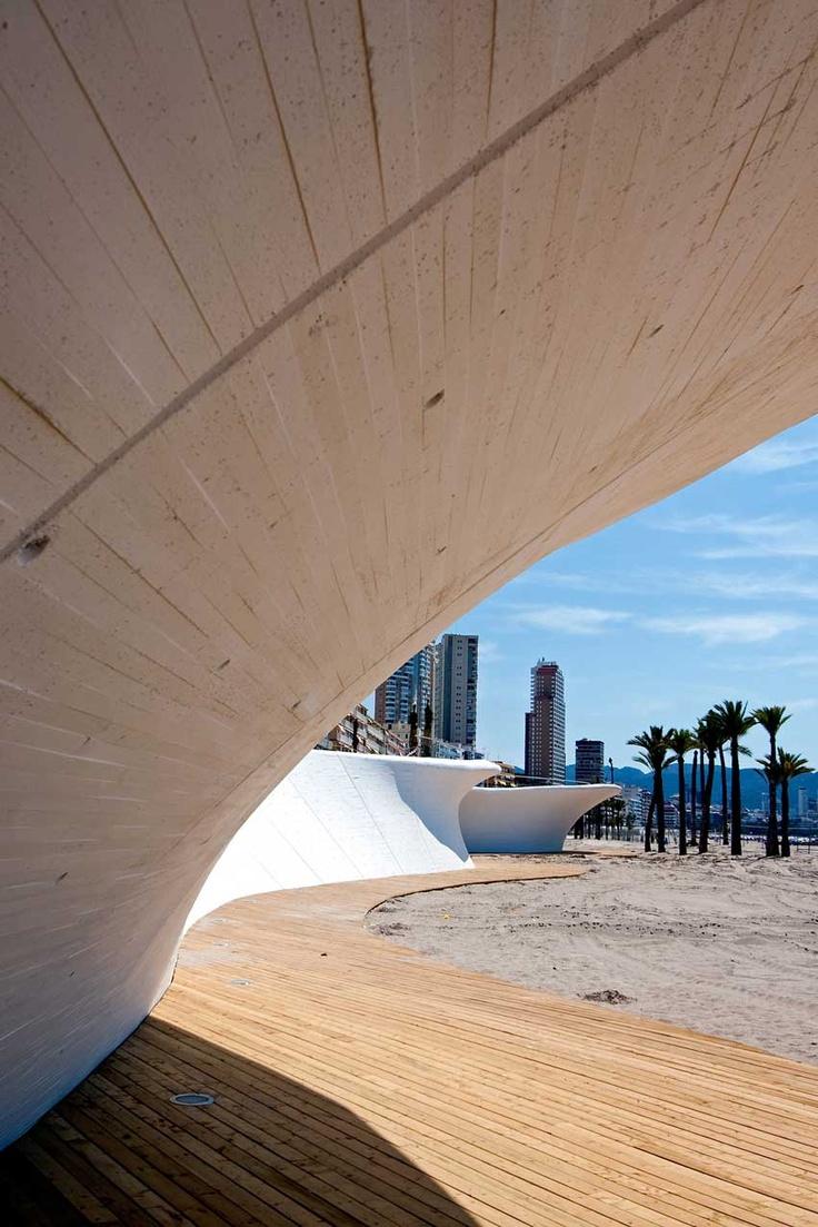 Paseo Maritimo de la Playa de Poniente de Benidorm, Alicante (España)