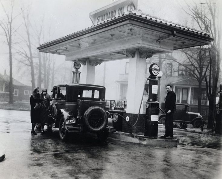 From hand pumps to cell phones: A history of the American gas station - Energy Factor