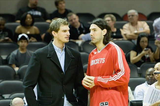 Phoenix picks up Luis Scola, officially ending pipe dream