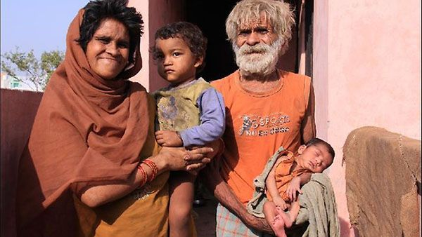 World's Oldest Dad Ramjeet Raghav world's oldest dad at 96 says he has sex three times a night. #OldestDad