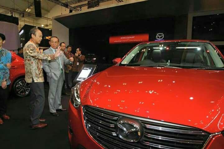 Hari pertama di GIIAS 2016, Mazda menampilkan special display yang sudah dinanti-nantikan yaitu Mazda CX-3!  Pesan SEKARANG: #Mazda #CX3 #BANDUNG #PROMO 082295000685 (Tlp & SMS) 08987900976 (WA & Line) www.mazdabanget.wordpress.com