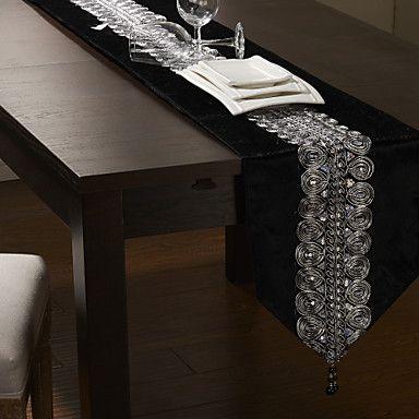 Black/Silver Table Runner <3