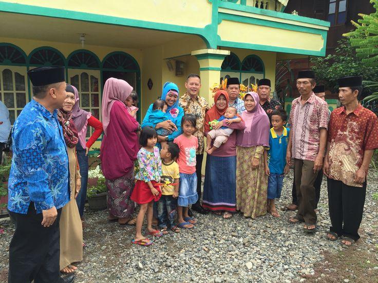 Menuju Sumsel Lebih Baik Dengan Kak Wari Memang pelaksanaan pemilu calon gubernur beserta wakilnya di provinsi Sumatera Selatan masih di tahun 2018 nanti. Terbilang cukup lama jika dilihat dari kacamata tahun 2016 ini akan tetapi nama-nama calon gubernur di sebagai prioritas pada pemilu gubernur di Sumsel telah bermunculan. Kak Wari sebagai sapaan dari Saifudin Aswari Rivai adalah calon gubernur Sumatera Selatan di tahun 2018 esok. Kini Ayah dari empat orang anak perempuan ini berstatus…