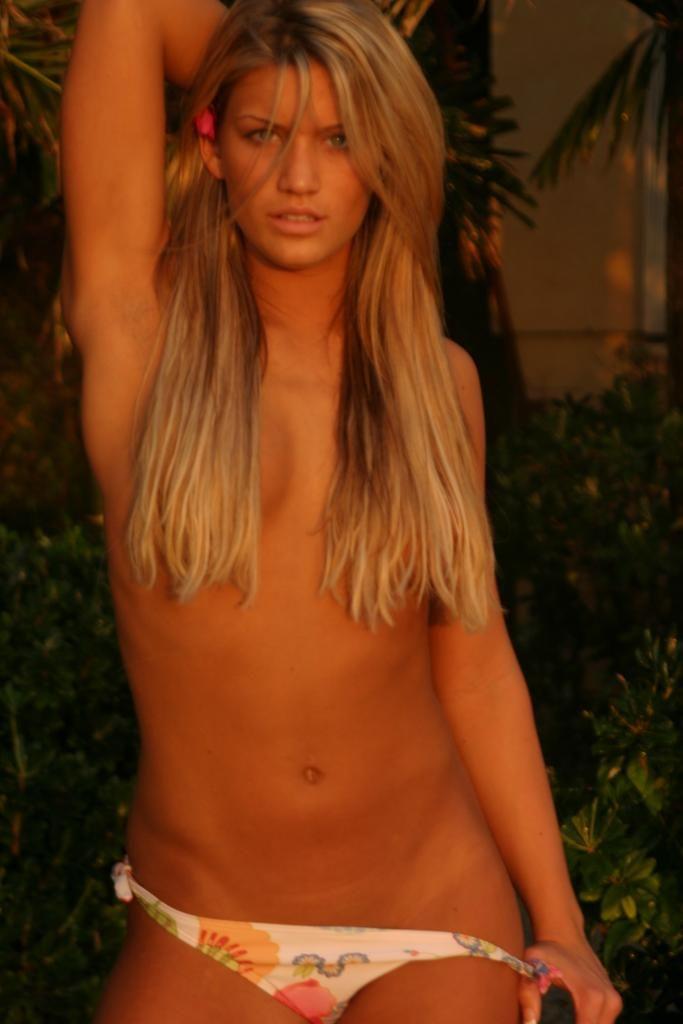 preety zinta hot video nude shower
