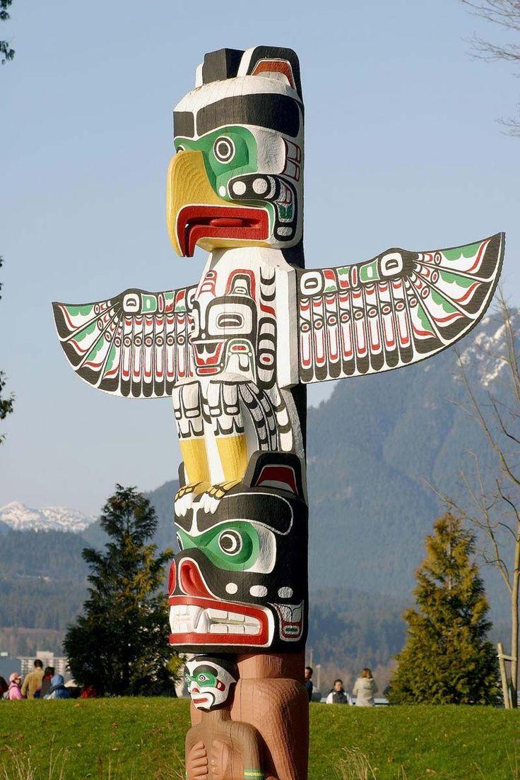 totem pole art | Totem Pole at Stanley Park, Vancouver, Canada