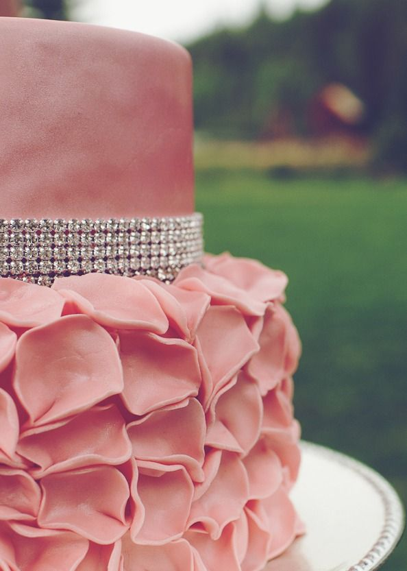 Wedding Cake with Bling, love the dusty pink.  Great sweet 16 or outdoor wedding for color.