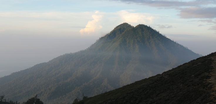 Ijen Crater located at the peak of Mount Ijen is a series of volcanoes such as Bromo, Semeru and Merapi in East Java