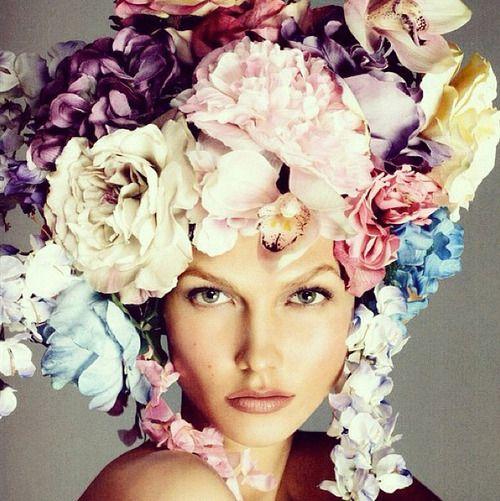 Karlie Kloss for VogueKarliekloss, Fashion, Italian Vogue, Steven Meisel, Floral Headpiece, Flower Power, Karlie Kloss, Headpieces, Carboxylic Block