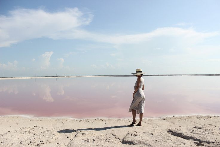 ¿Alguna vez imaginaste que existiera un mar rosa en Yucatán? Difícil de creerlo... Las Coloradas había estado en mi bucketlist desde hace unos años...
