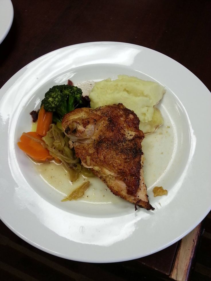 PAN SEARED CHICKEN SUPREME!  *Chicken supreme stuffed with a smoked tomato and cheddar risotto.