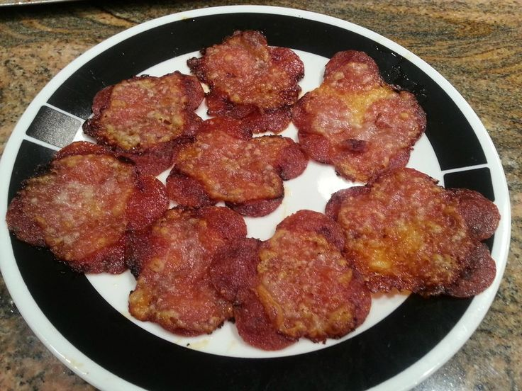 no carb pizza chips made from pepperoni and cheese.