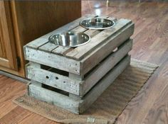 Dog Bowl Water Food - dog supplies made of recycled pallets