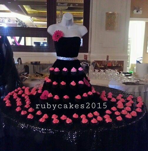 Mannequin Cupcake Display In 2019 Diva Birthday Parties