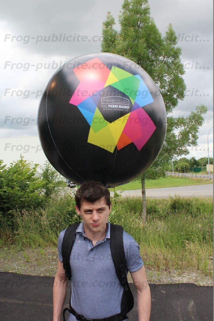 Un ballon sac à dos pour le stade Pierre Mauray de Lille. (Distribution de flyers devant le stade - street marketing)