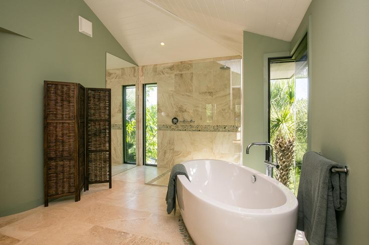 Beach Chic Bathroom - fresh earth tones for a natural, relaxing feel.