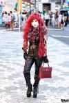 Japanese shironuri artist Minori always has the most fabulous outfits.