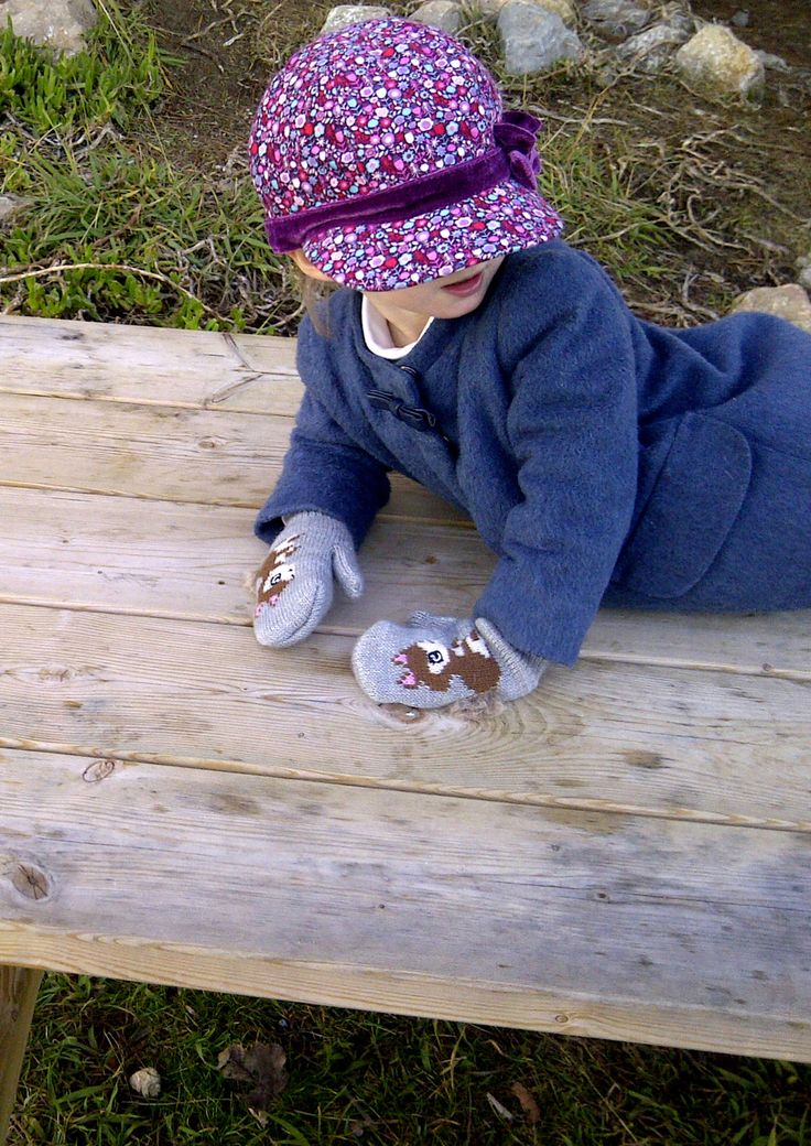 Super simple cute look for winter by Tappetino Rosso - Kids Fashion Blog
